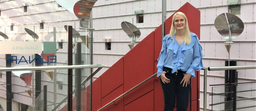 Marketing Manager of Elinar, Leena Tähti standing in BEPOP